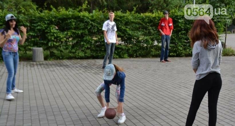 Американские волонтеры помогают криворожанам совершенствовать английский (ФОТО), фото-8