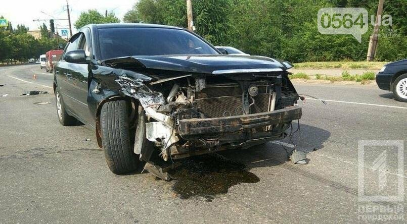 В Кривом Роге три человека пострадали в ДТП на Сичеславской (ФОТО), фото-6