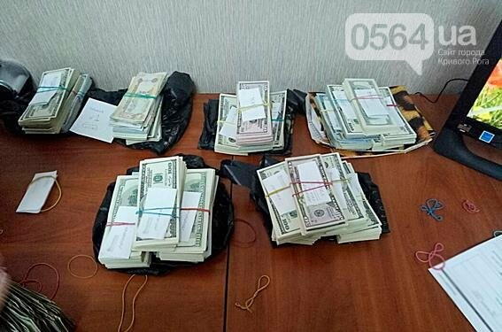 """На Днепропетровщине через частные ЖЭКи ежедневно """"отмывали"""" 3,5 миллиона (ФОТО, ВИДЕО), фото-4"""