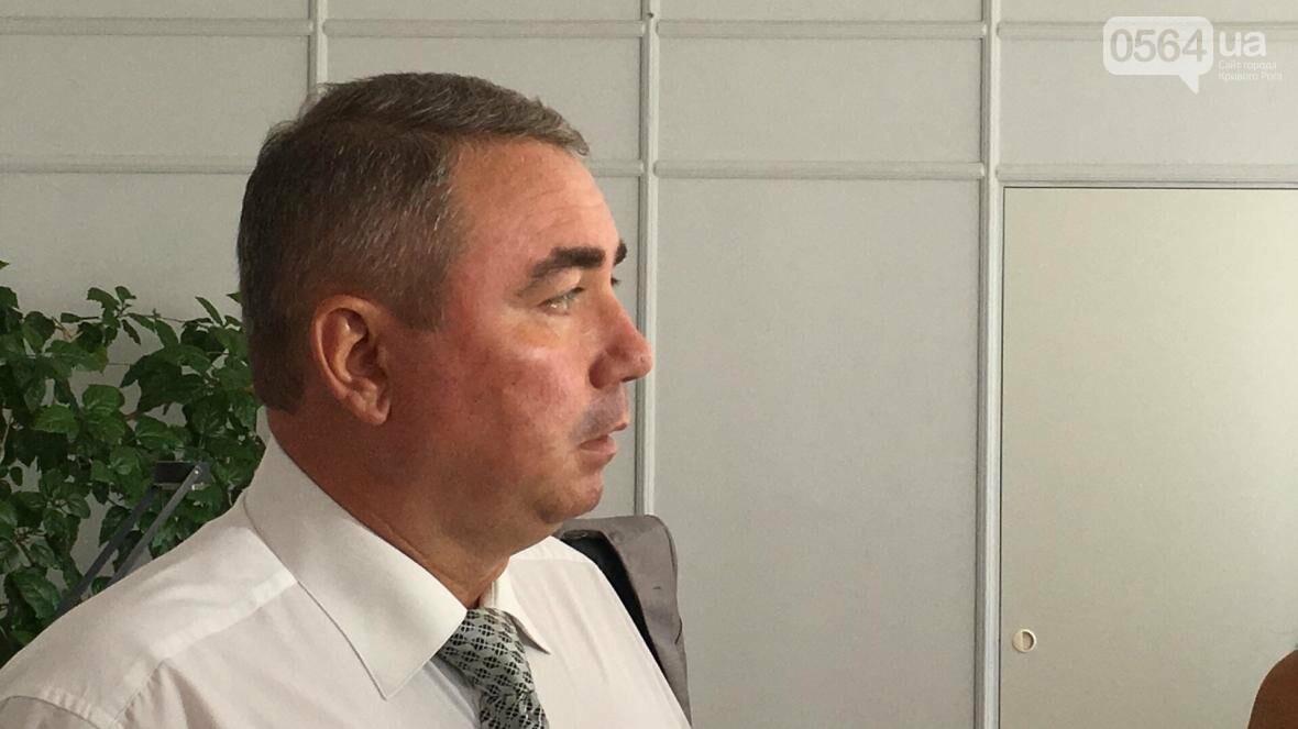 Секретарь горсовета не знает, кто рискнул облить зеленкой депутата, зная его характер (ФОТО), фото-1