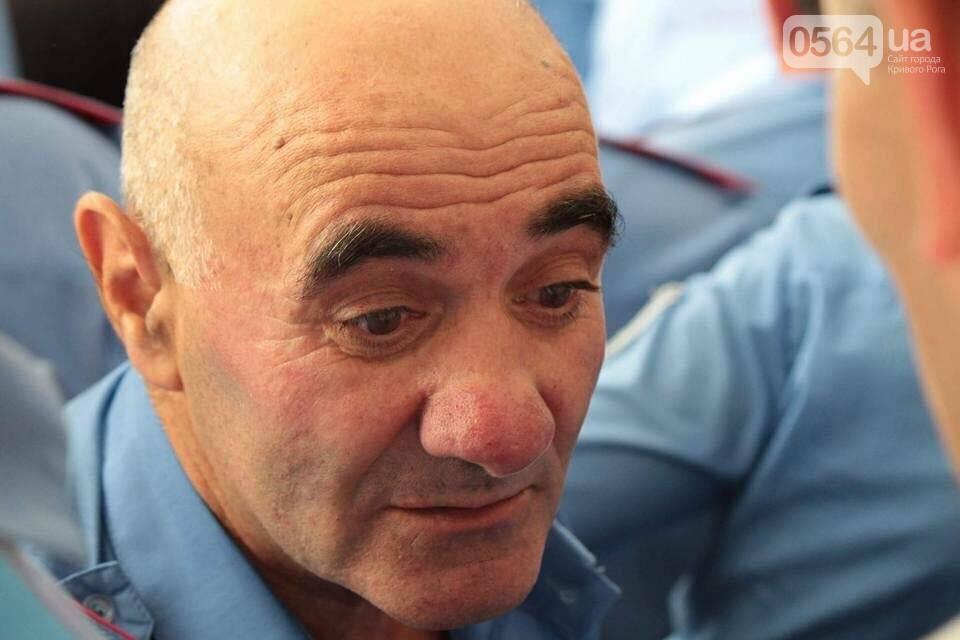 """В Кривом Роге """"муниципал"""" ударил маму пленного бойца АТО (ФОТО), фото-3"""