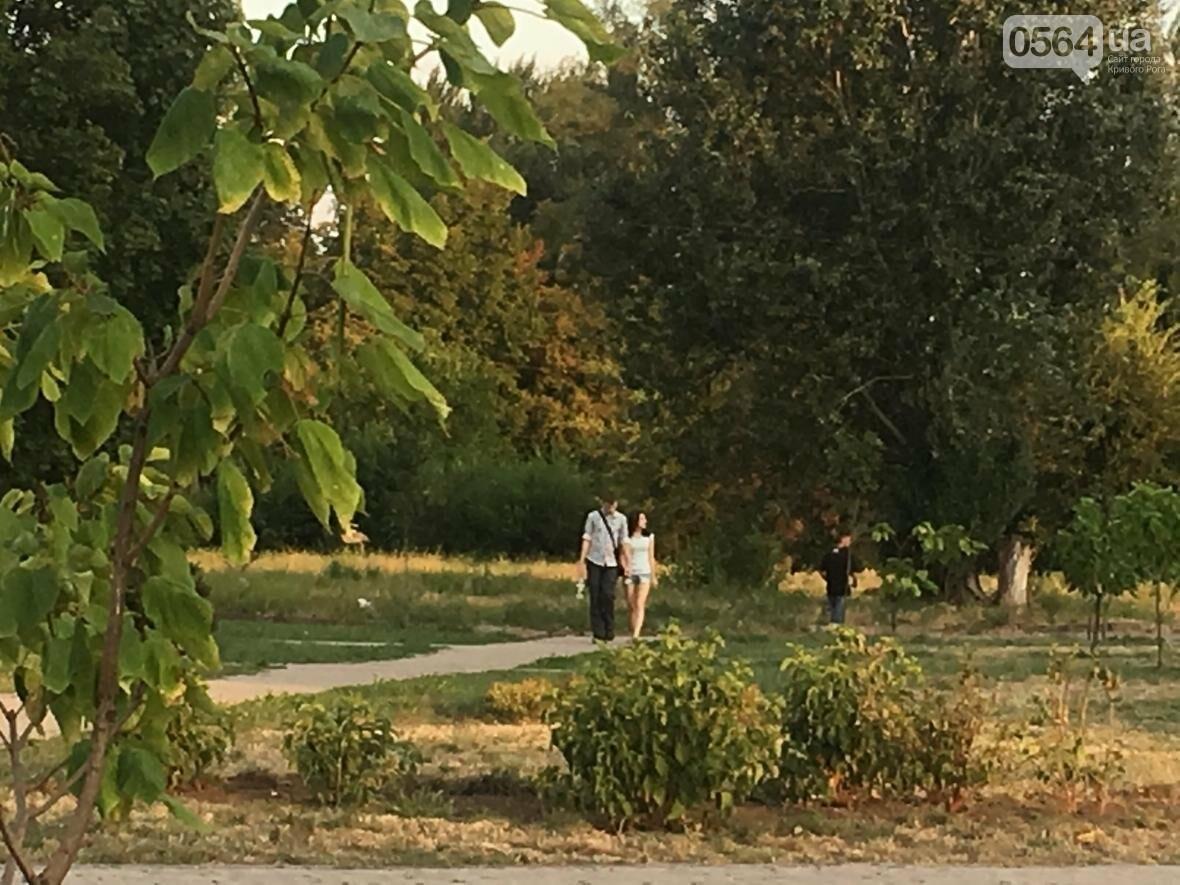 """""""Лысеющий младенец"""": Криворожане шокированы первым муралом в городе  (ФОТО), фото-17"""
