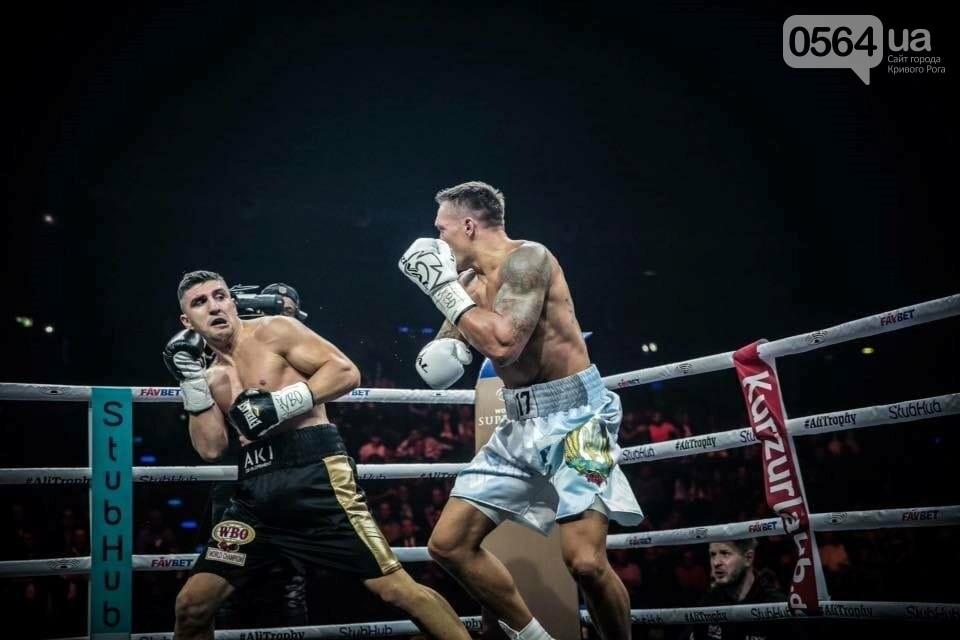 Усик нокаутировал немецкого боксера в четвертьфинале Всемирной суперсерии бокса, фото-4