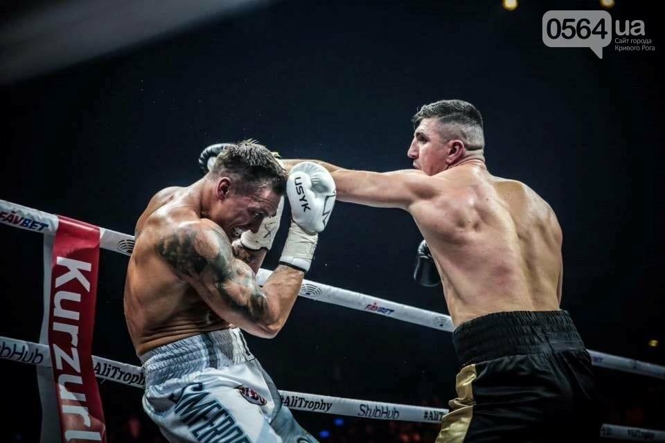 Усик нокаутировал немецкого боксера в четвертьфинале Всемирной суперсерии бокса, фото-5