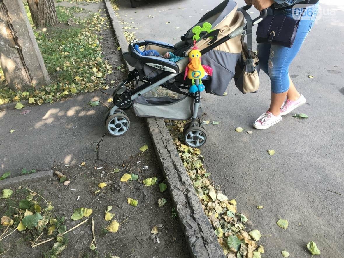 """Криворожский """"блокбастер"""": Как доехать до больницы с ребенком в коляске (ФОТО), фото-27"""
