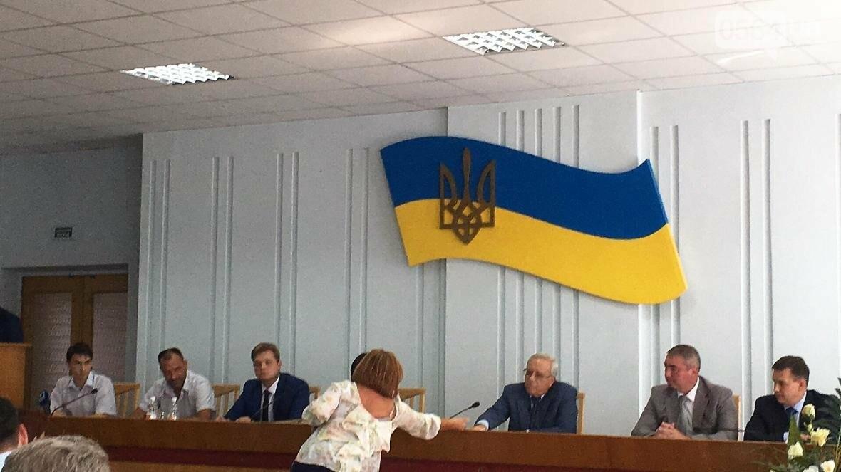 """Мэр и депутат выясняли, чьи """"карманные ЖЭКи"""" довели криворожан до нищеты (ФОТО), фото-11"""