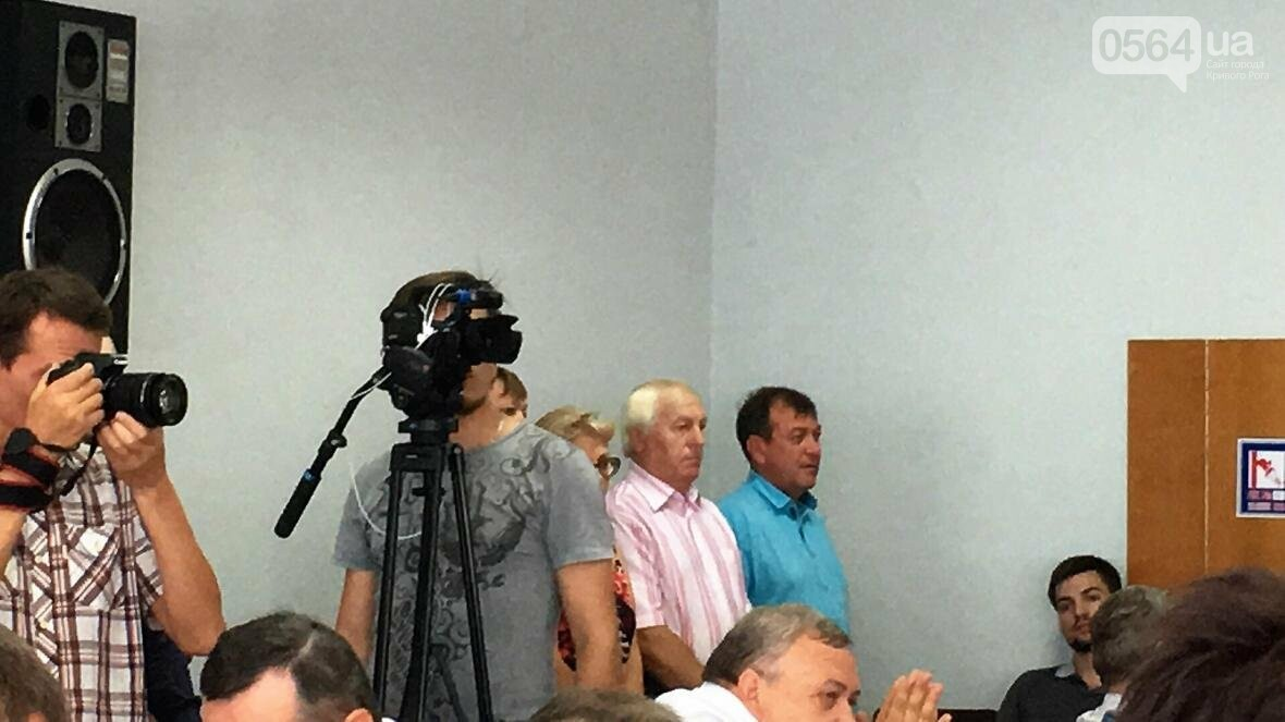 """Мэр и депутат выясняли, чьи """"карманные ЖЭКи"""" довели криворожан до нищеты (ФОТО), фото-7"""