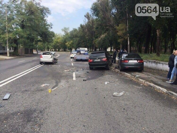 На Днепропетровщине в страшном ДТП пострадал замначальника областной полиции, фото-1