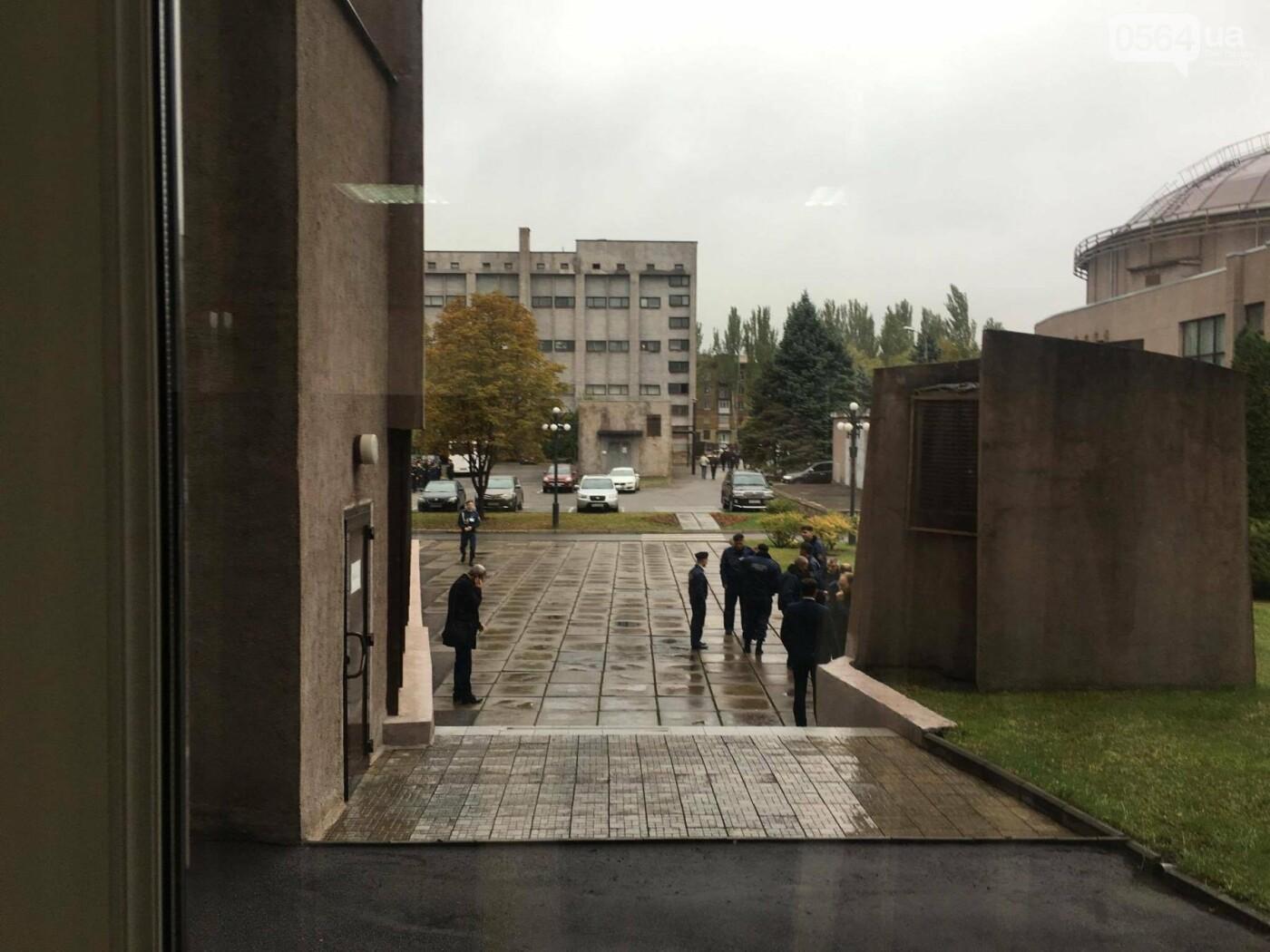 Увольнение Шовгели и бездомные коты, -  в Кривом Роге депутаты готовятся к пленарному заседанию (ФОТО), фото-9