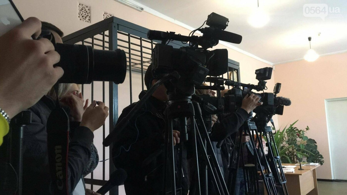 В Кривом Роге начался суд над родителями сожженной Амины Менго. Прокурор не принял меры для их ареста (ФОТО, ВИДЕО), фото-7