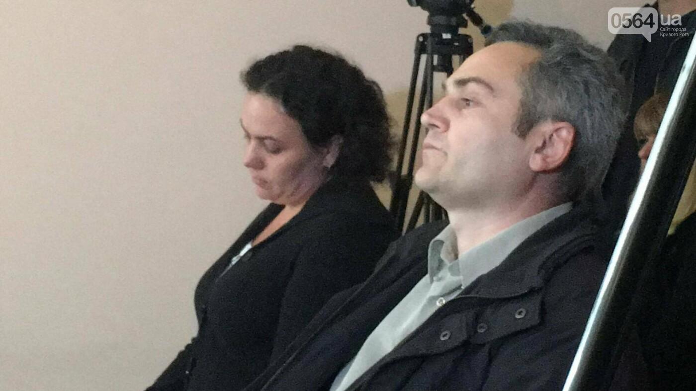В Кривом Роге начался суд над родителями сожженной Амины Менго. Прокурор не принял меры для их ареста (ФОТО, ВИДЕО), фото-4