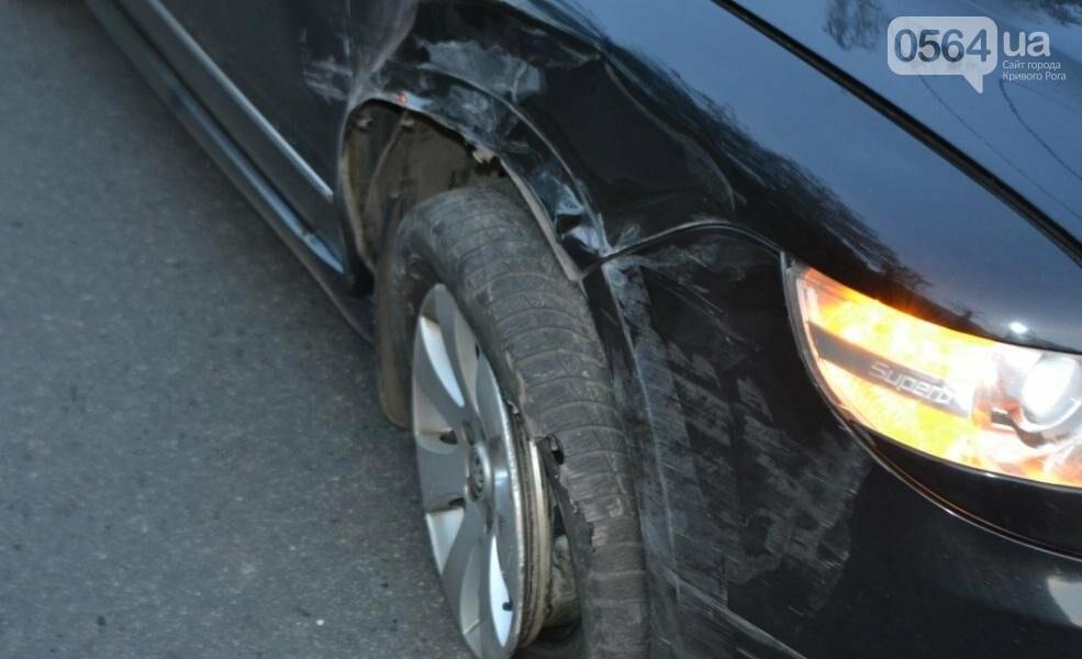 Из-за внезапно вильнувшего автомобиля криворожанин разбил две иномарки (ФОТО), фото-5