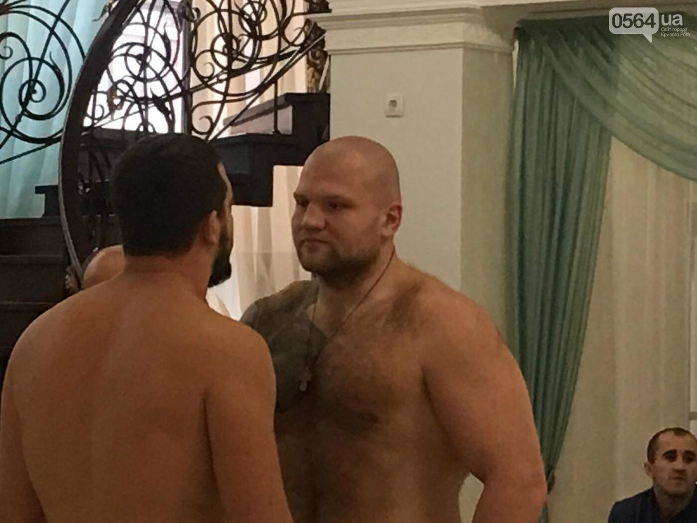 Перед вечером грандиозного бокса в Кривом Роге спортсмены показали отличную физическую форму (ФОТО, ВИДЕО), фото-7