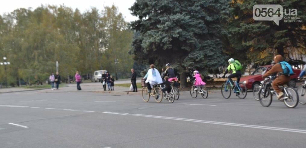 """Криворожские велосипедисты """"напугали"""" прохожих (ФОТО), фото-3"""