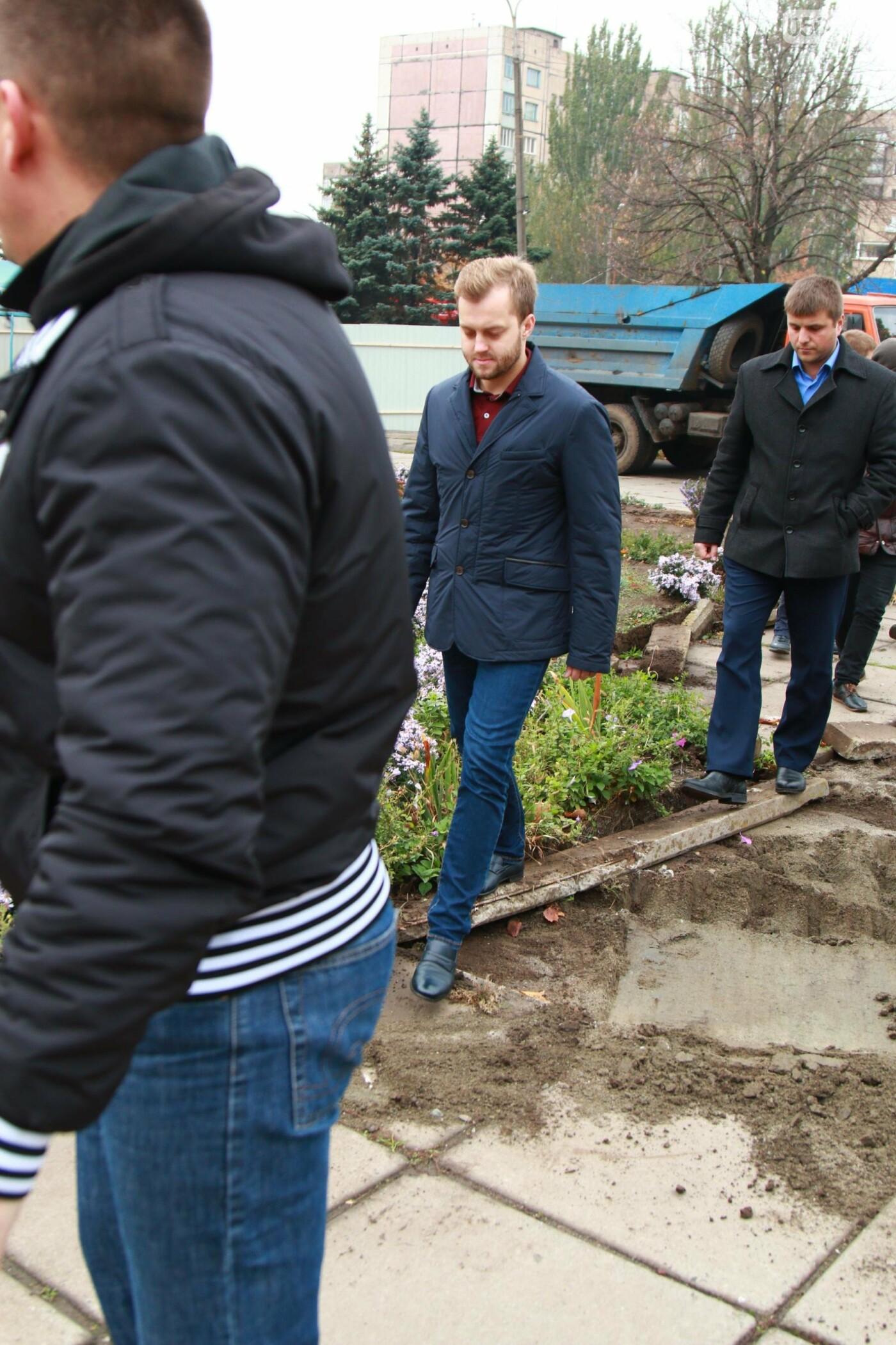 Обновления полным ходом: стартовала реконструкция площади у ДК «Карачуны», фото-2