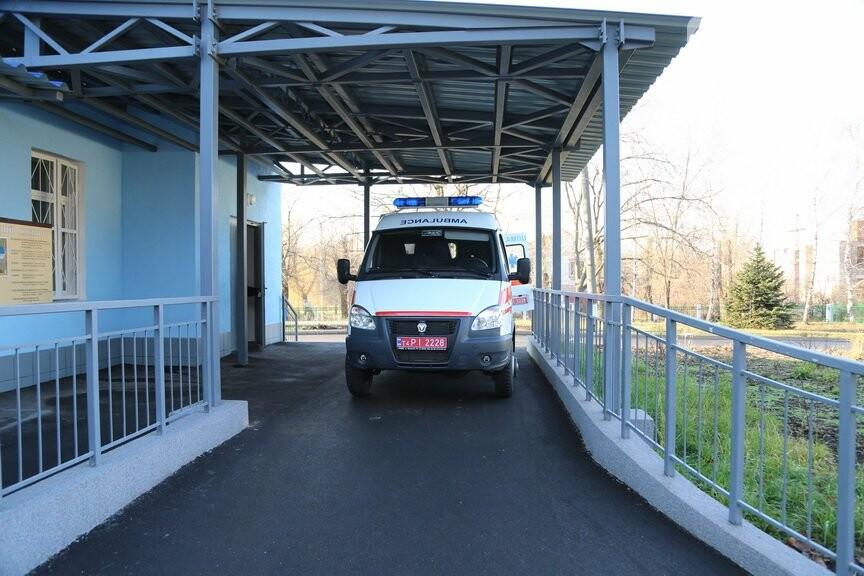 Криворожскому центру реабилитации участников боевых действий передали спецавтомобиль (ФОТО), фото-3