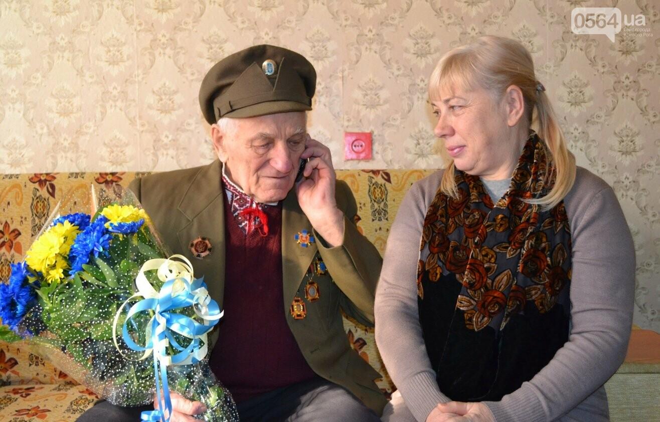Ветеран УПА из Кривого Рога сегодня отмечает 90-летний юбилей в кругу друзей-патриотов (ФОТО), фото-4
