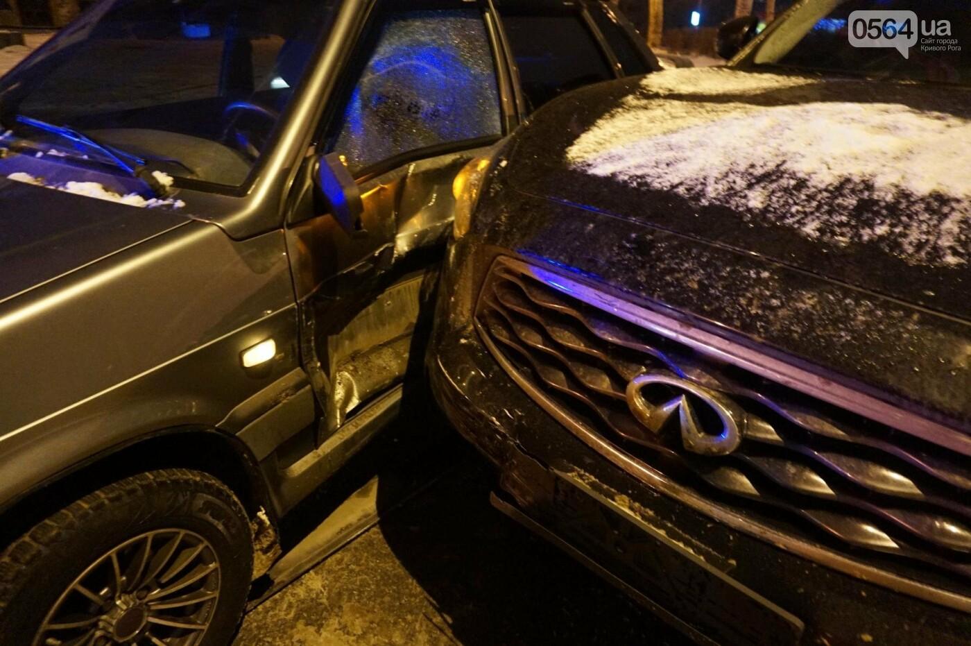 ДТП в Кривом Роге: Перед пешеходным переходом столкнулись ВАЗ и Инфинити (ФОТО), фото-8