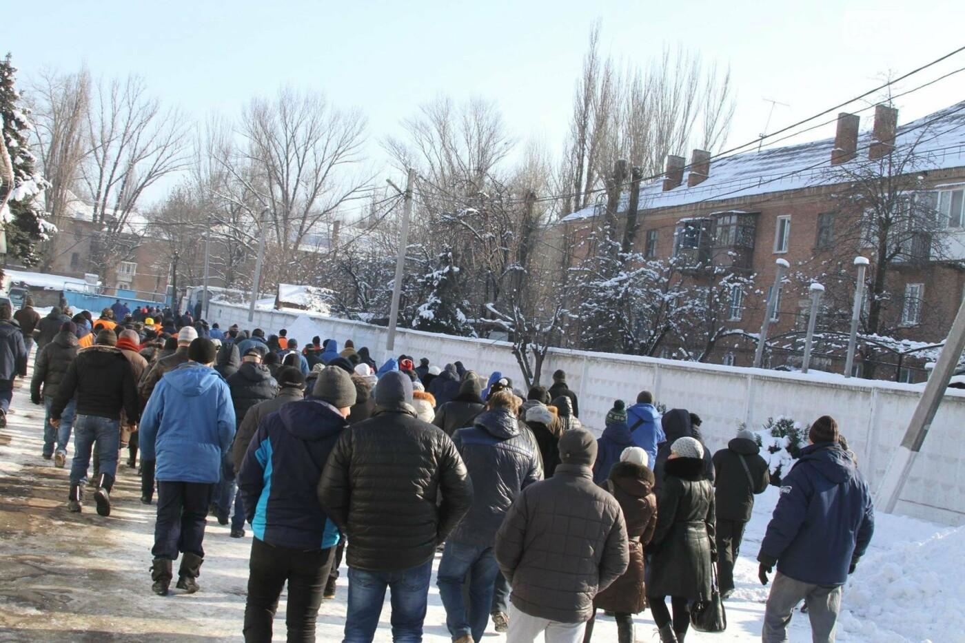 В Кривом Роге сотрудники КПВС митингуют, опасаясь, что город останется без воды  (ФОТО, ВИДЕО), фото-20