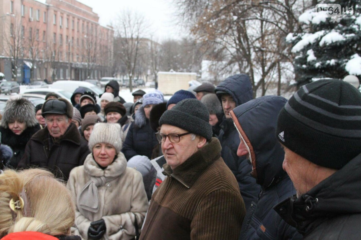 Сотрудники КривбассПВС митинговали под УВД, защищая Константина Борща (ФОТО), фото-12