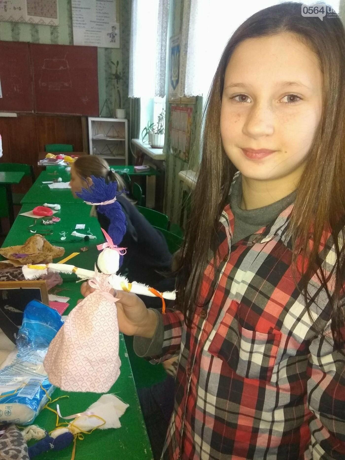 Как изготовить Веснянку? В криворожской школе известная мастерица обучала детей и взрослых премудростям рукоделия (ФОТО), фото-10