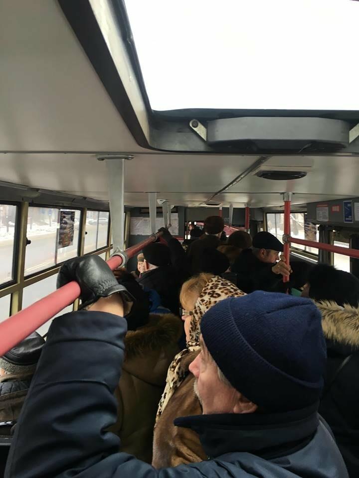 """На улице мороз"": Какая температура в криворожском транспорте (ФОТО), фото-8"