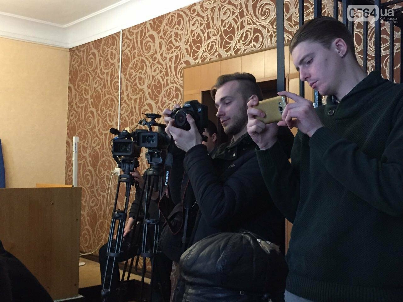 Криворожских журналистов в суде  допрашивают по делу Вячеслава Волка (ФОТО), фото-9
