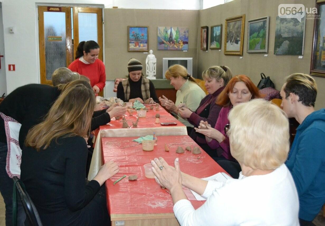 Мастер-класс по гончарству: В  музее Кривого Рога весну призывали свистом глиняных птиц (ФОТО, ВИДЕО), фото-5
