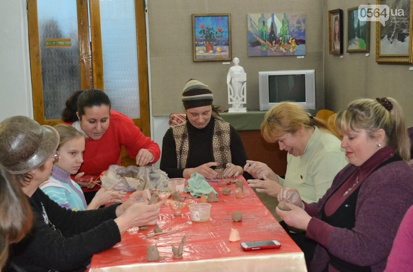 Мастер-класс по гончарству: В  музее Кривого Рога весну призывали свистом глиняных птиц (ФОТО, ВИДЕО), фото-6