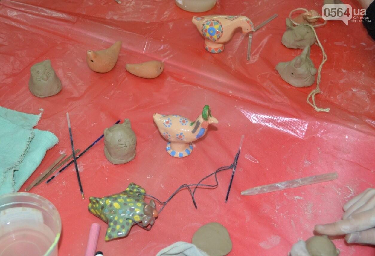 Мастер-класс по гончарству: В  музее Кривого Рога весну призывали свистом глиняных птиц (ФОТО, ВИДЕО), фото-3