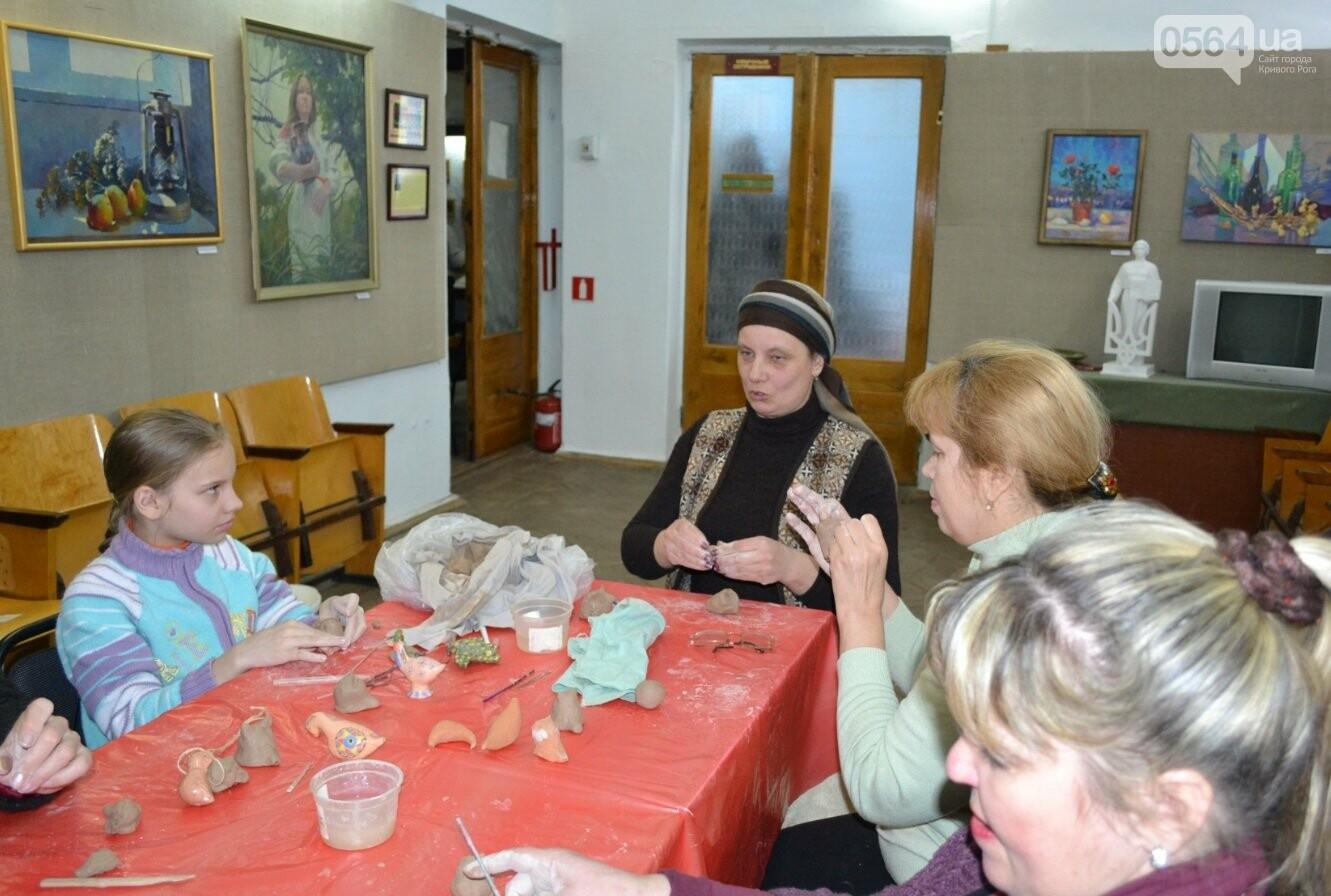 Мастер-класс по гончарству: В  музее Кривого Рога весну призывали свистом глиняных птиц (ФОТО, ВИДЕО), фото-8