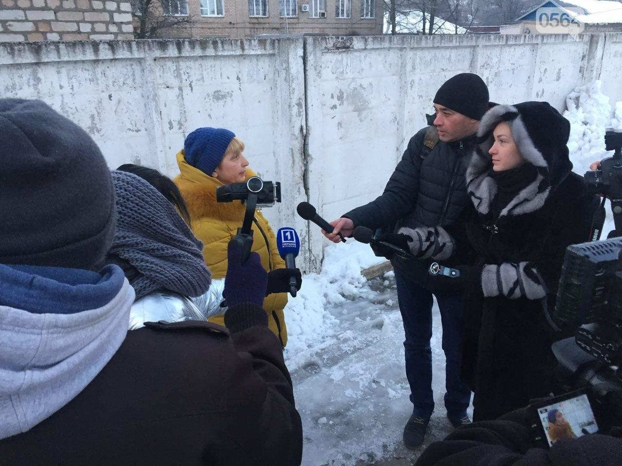 В Кривой Рог вернулся журналист Вячеслав Волк, тяжело раненый во время учений резервистов (ФОТО), фото-11