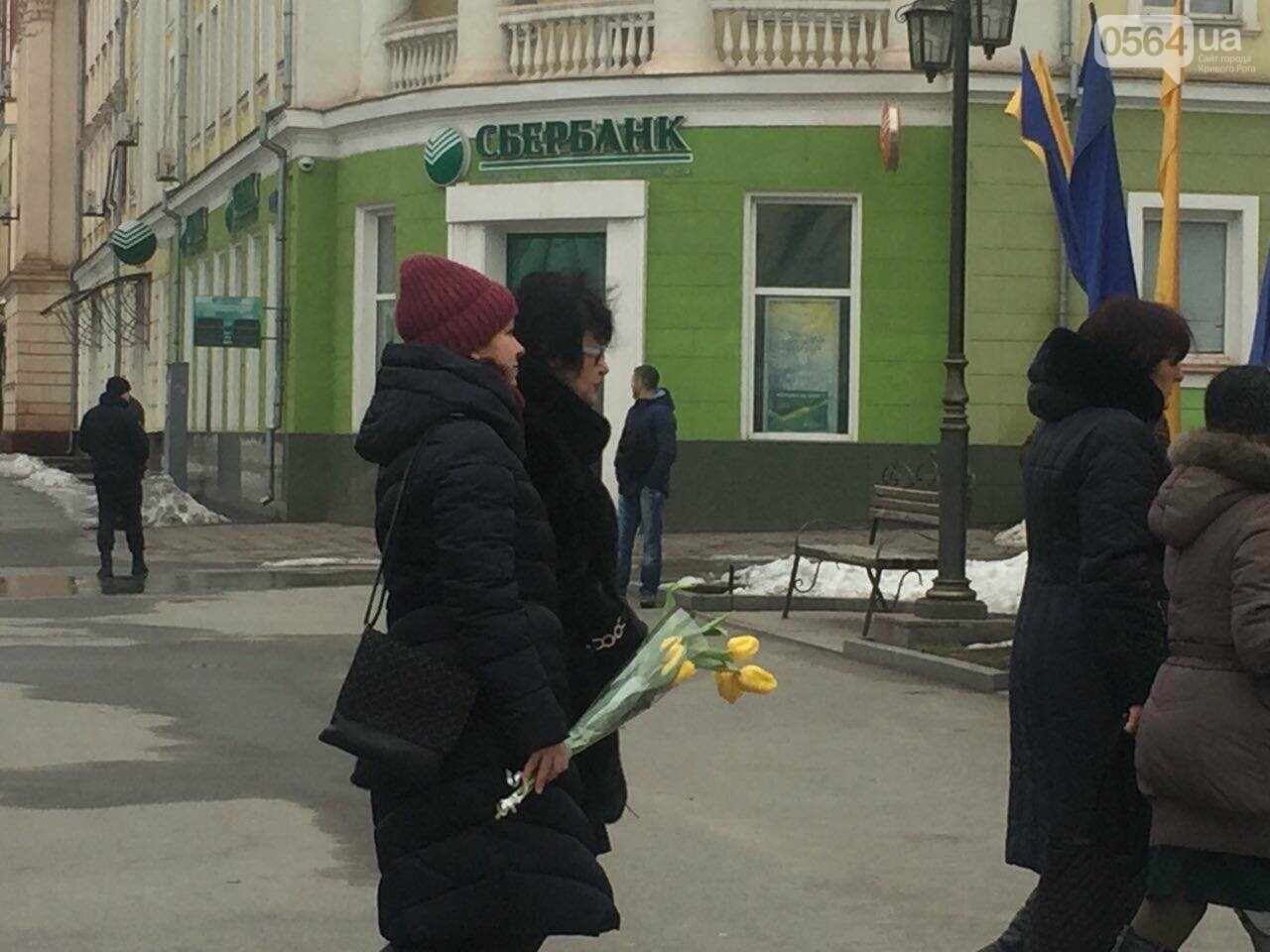 В День рождения Кобзаря криворожские чиновники традиционно пришли к памятнику (ФОТО), фото-5
