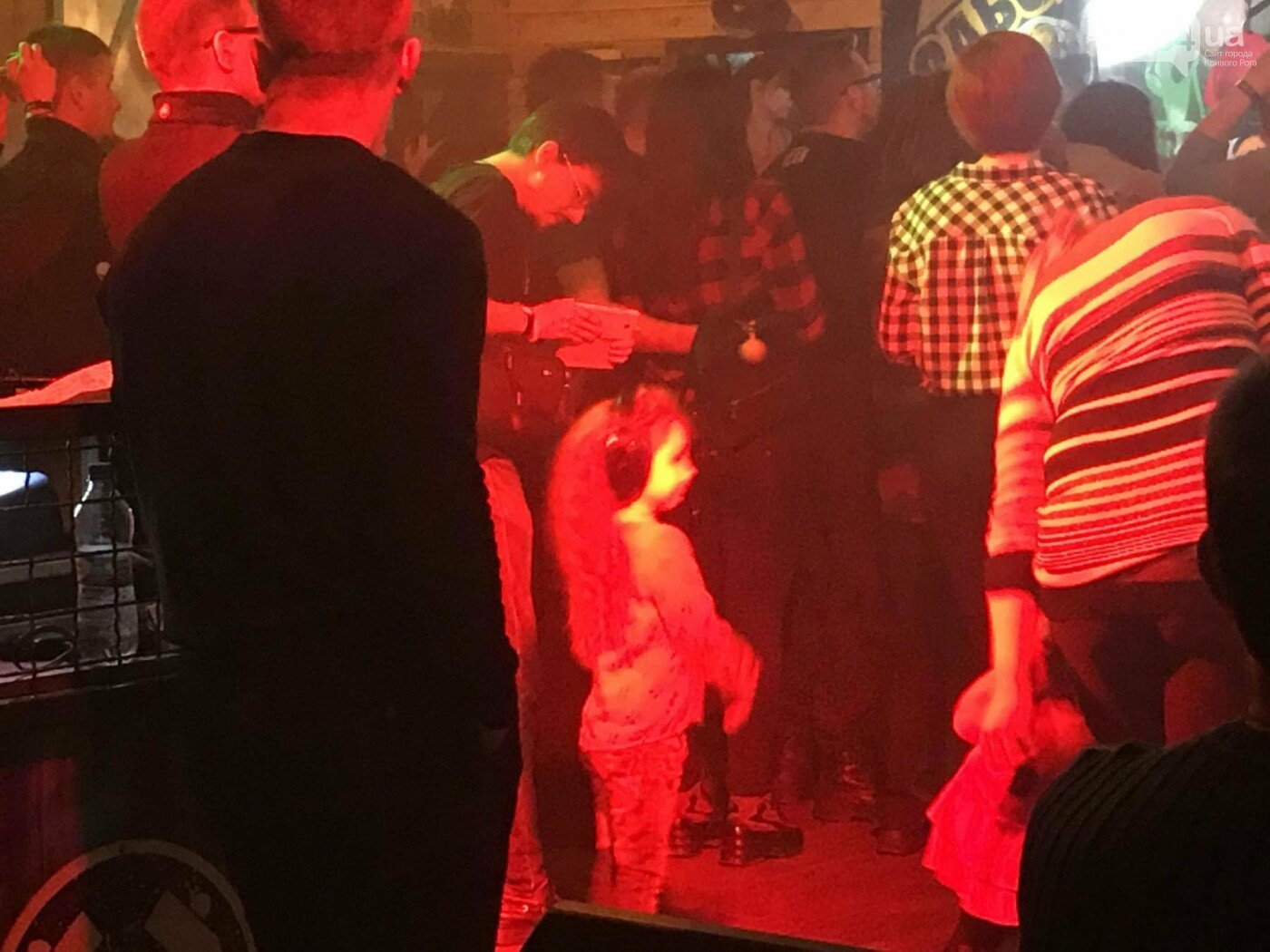 """Тінь Сонця"": Знаменитые хиты ""рок-артиллеристов"" поставили на уши патриотично-творческий Кривбасс (ФОТО, ВИДЕО), фото-6"