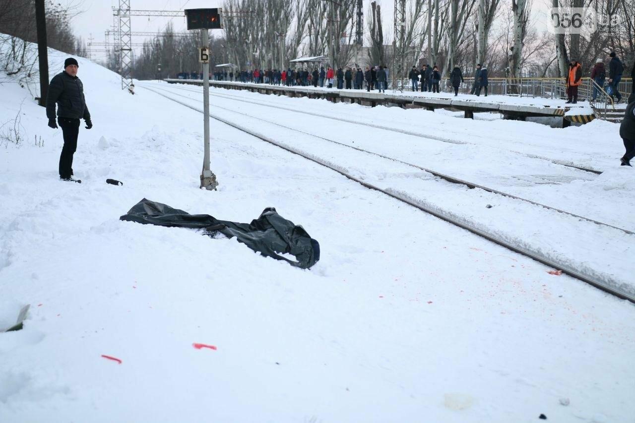 На Днепропетровщине двое мужчин попали под дизель. Один умер на месте (ФОТО), фото-2