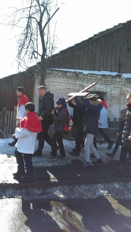 Криворожские пластуны приняли участие в Крестном пути накануне Пасхи (ФОТО), фото-1