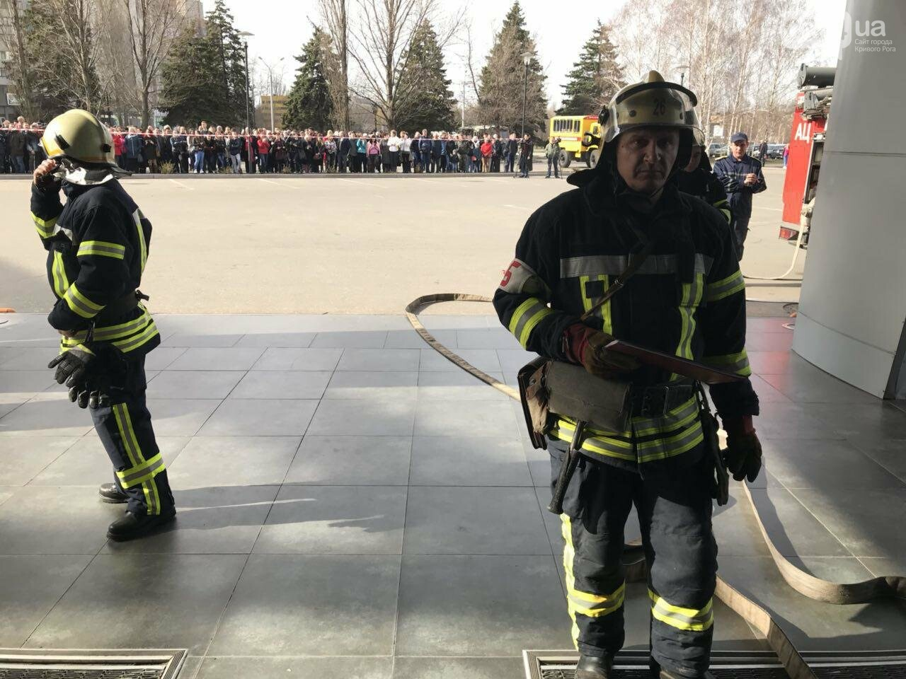 В Кривом Роге спасатели тренировались тушить пожар в ТРЦ  (ФОТО, ВИДЕО), фото-8