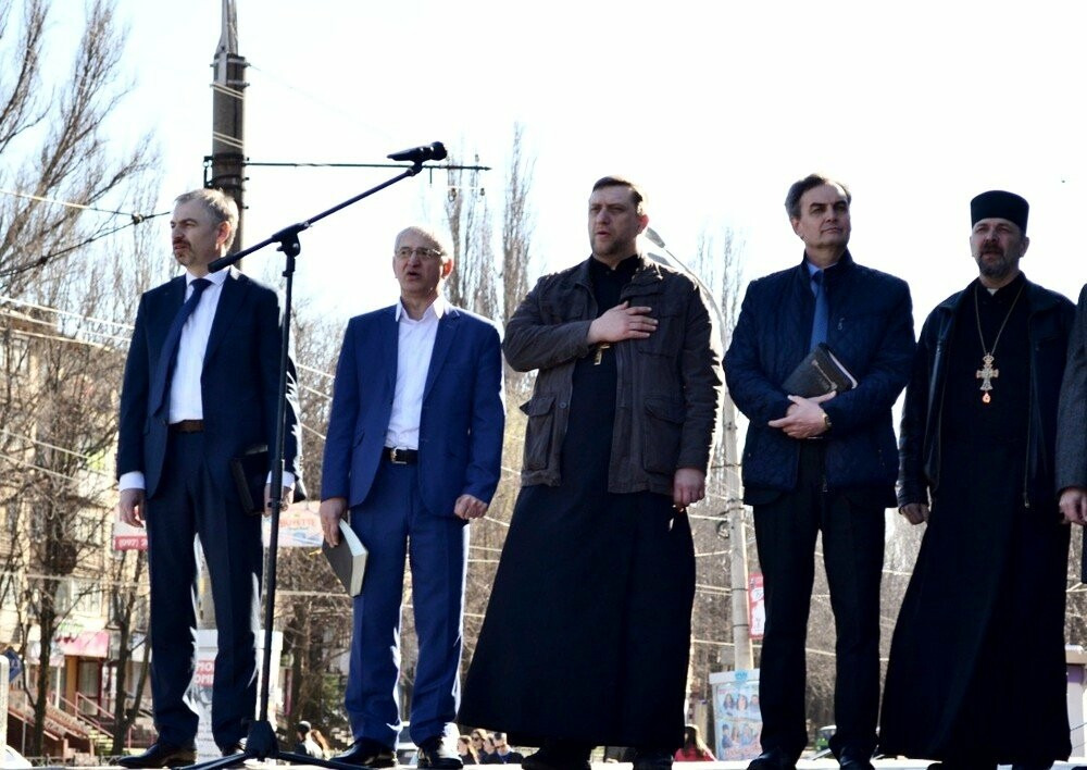 По случаю Пасхи криворожане собрались на Молитвенное вече (ФОТО), фото-9