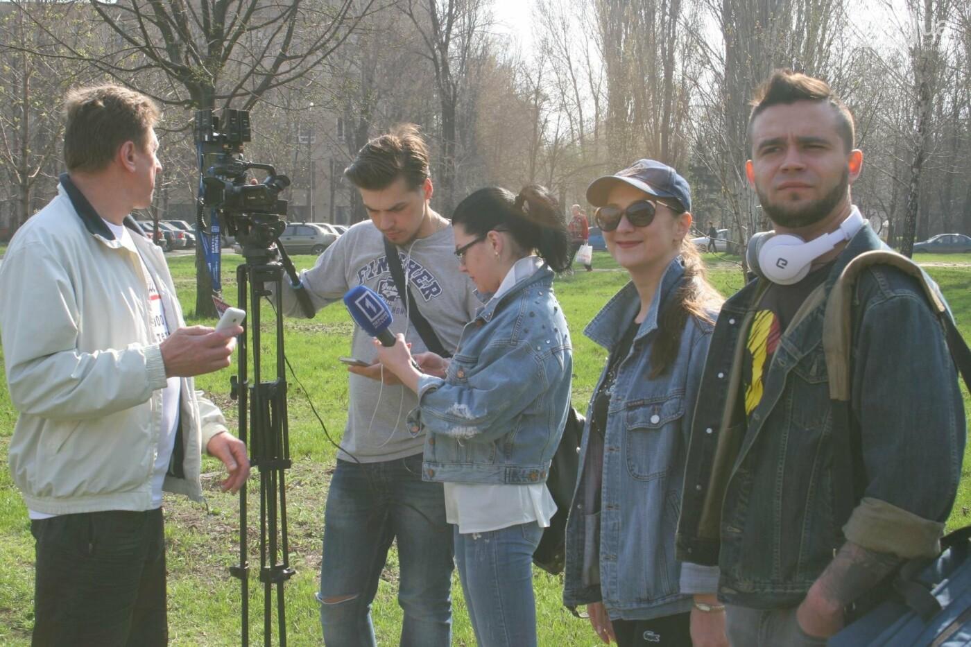 Криворожские журналисты с друзьями высадили более сотни деревьев и вывезли 4 грузовика мусора (ФОТО), фото-14