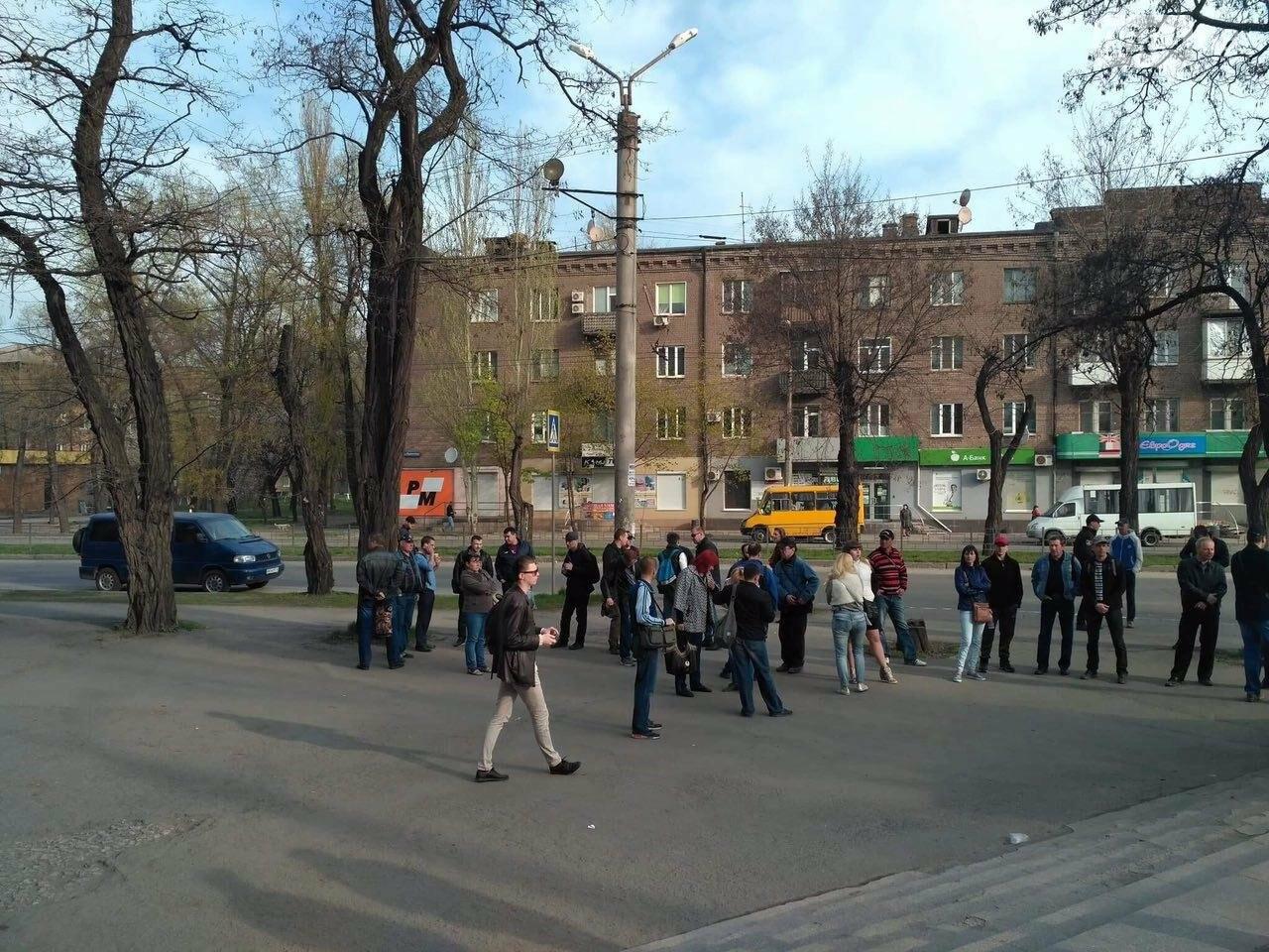 """Утром возле """"ковша"""" митинговали сотрудники """"АрселорМиттал Кривой Рог"""" (ФОТО), фото-5"""