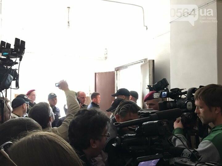 Сегодня определят меру пресечения для подозреваемого в смертельном ДТП. Его доставили в суд (ФОТО), фото-2
