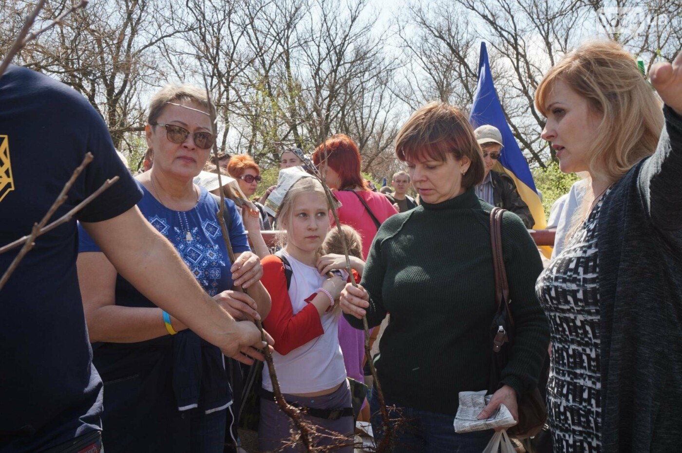 Как криворожане высаживали на Хортице дубраву в память о погибших Героях (ФОТО, ВИДЕО), фото-42
