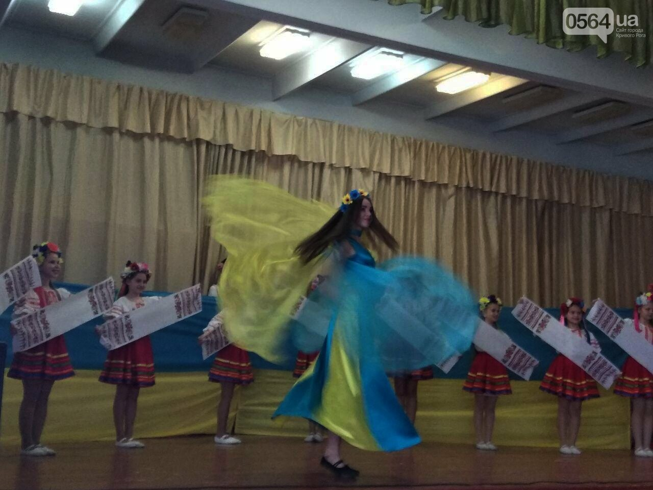 Криворожские школьники провели благотворительный концерт в поддержку бойцов АТО (ФОТО), фото-13