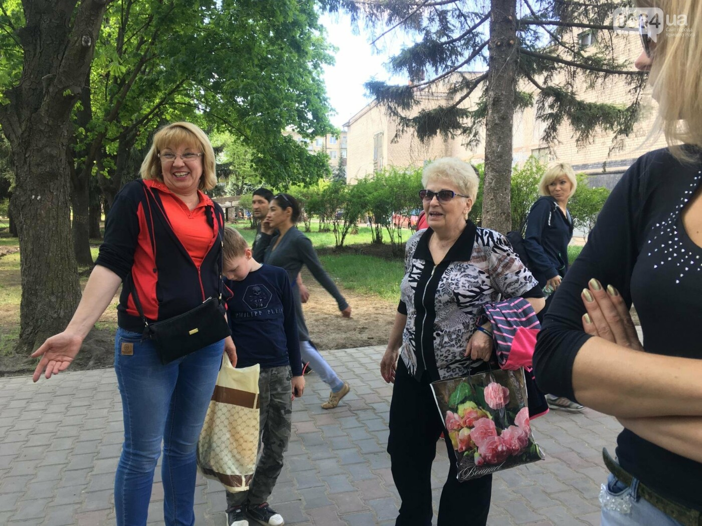 """""""В Европу без мусора!"""": криворожане помогли подготовить парк к Еврофесту (ФОТО), фото-61"""
