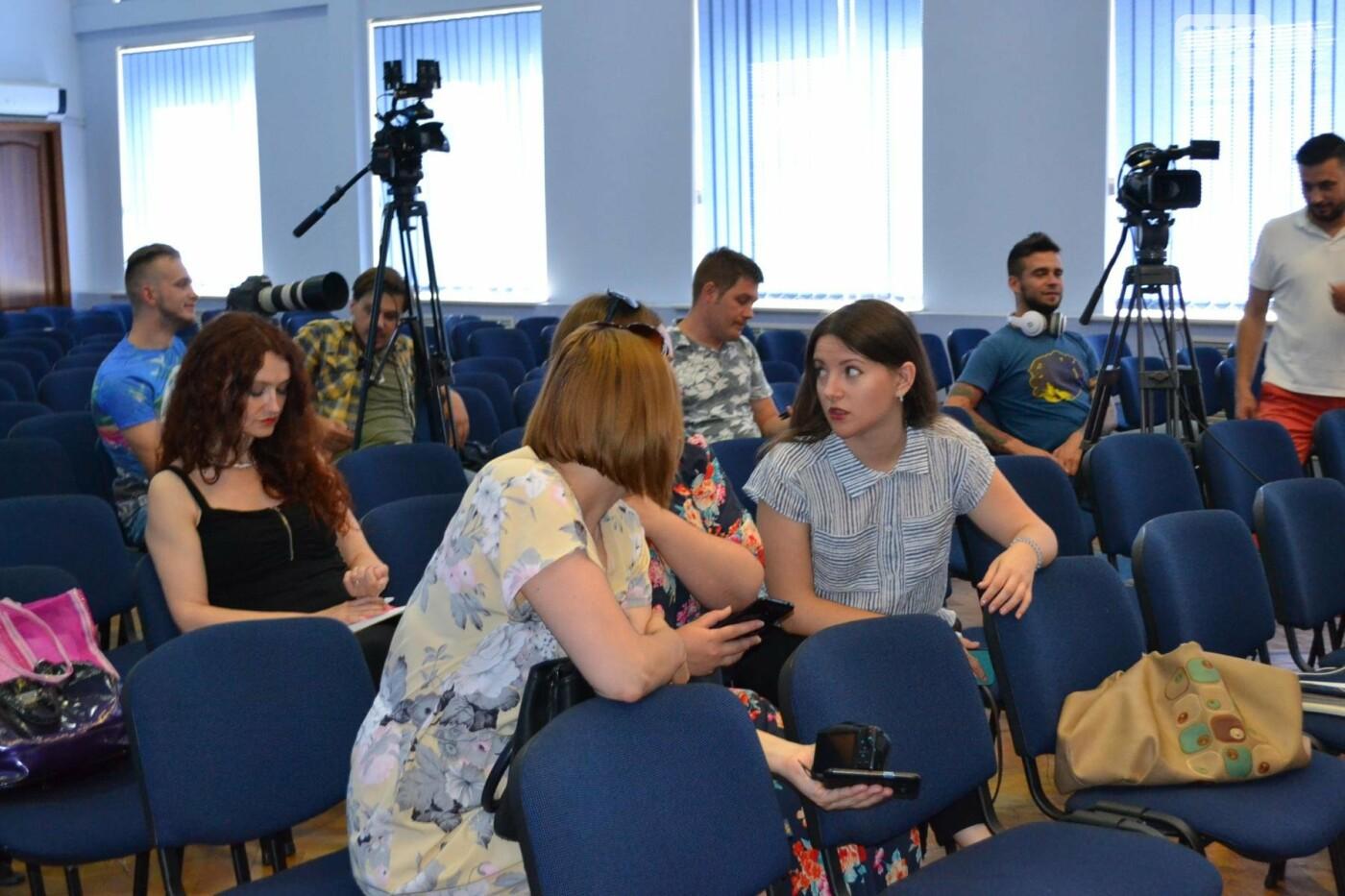 После очередного убийства молодой девушки полиция Кривого Рога перешла на усиленный режим, - ФОТО, ВИДЕО, фото-10