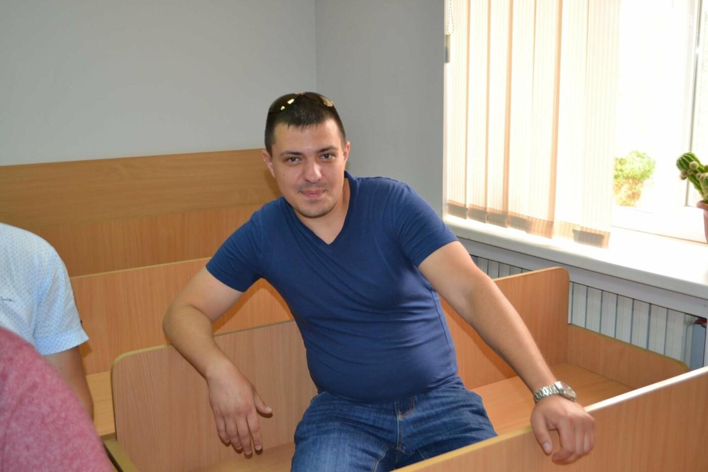 """Свидетель по делу лидера """"Автомайдана"""" в Кривом Роге заявил, что видел """"облако"""", - ФОТО, фото-9"""