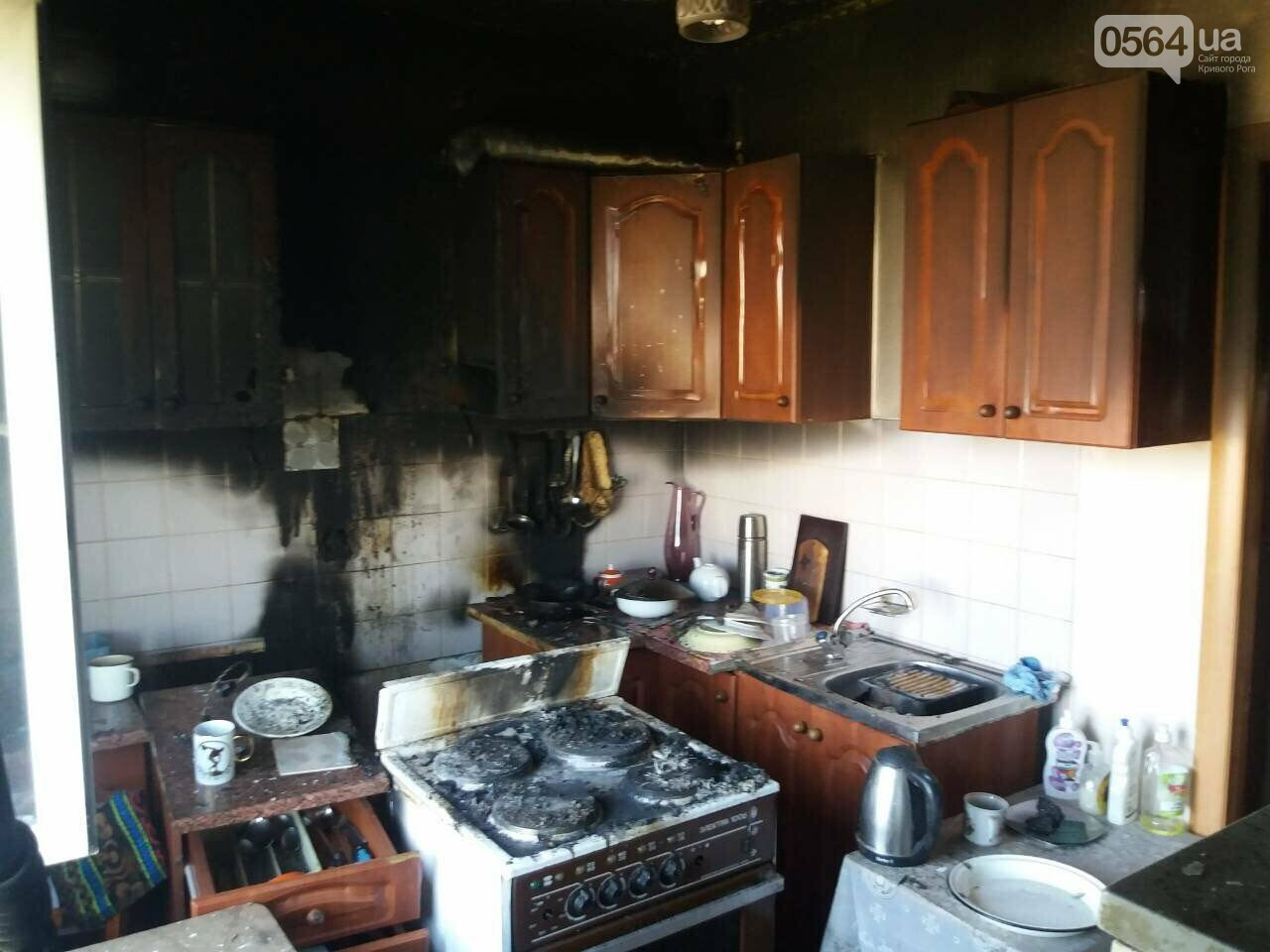 В Кривом Роге загорелась квартира на 13 этаже, - ФОТО, фото-1