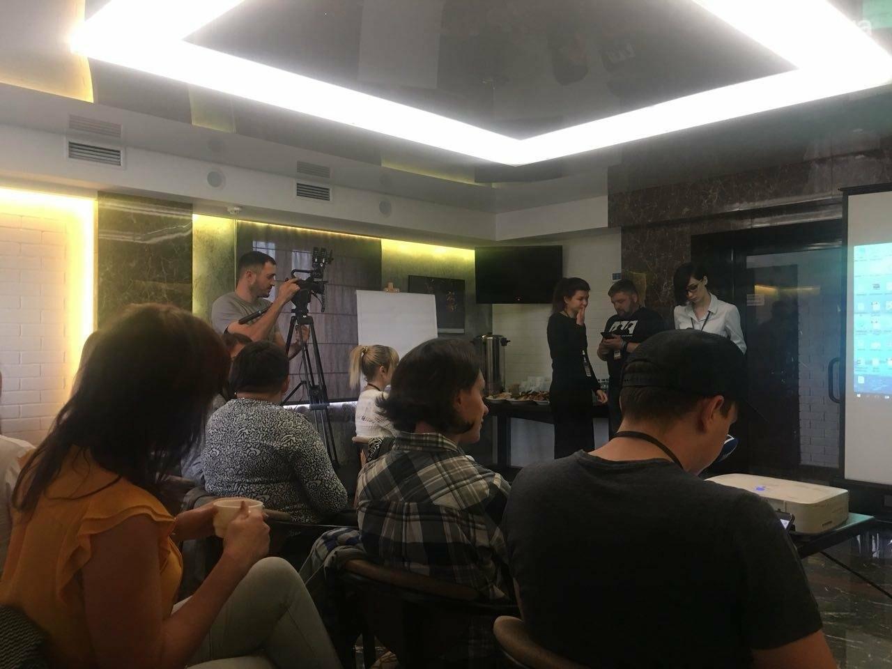 На тренинге о ВИЧ и медреформе криворожским журналистам рассказали о дискриминации и стереотипах, - ФОТО , фото-17