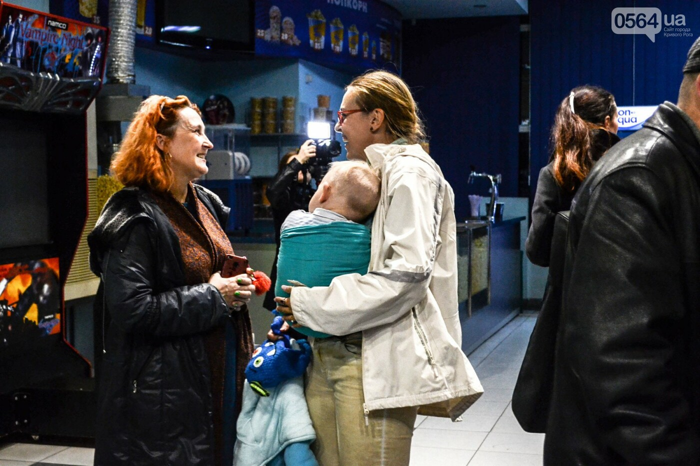 """""""Дорогами Европы"""": в Кривом Роге проходит уникальная фотовыставка ветерана АТО, - ФОТО, ВИДЕО, фото-11"""