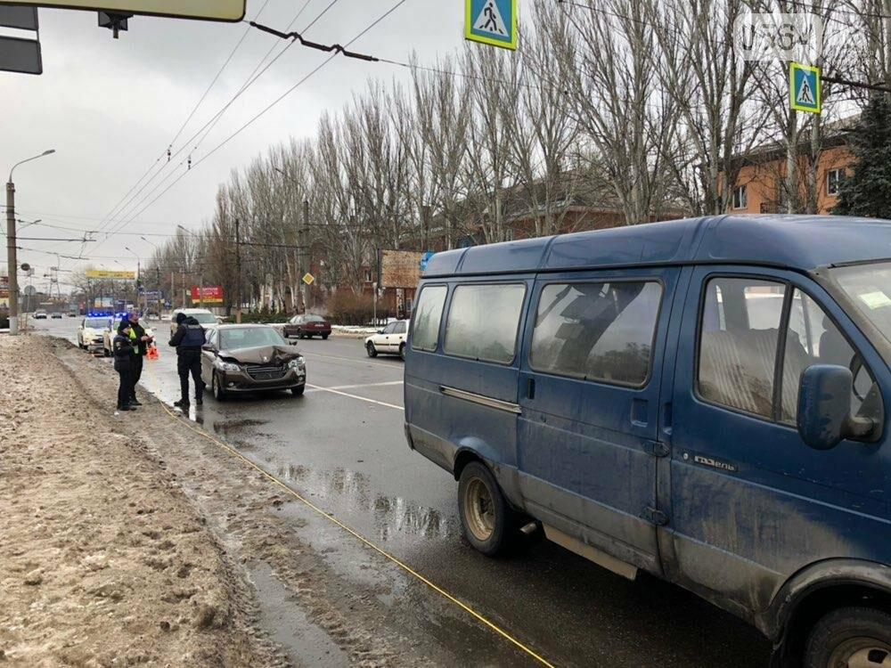 В Кривом Роге столкнулись ГАЗель и Peugeot, - ФОТО, фото-8